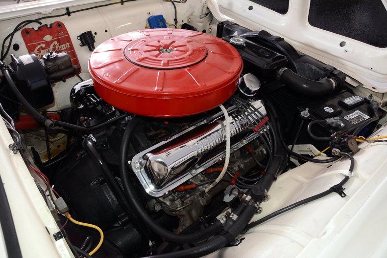 1960 Ford Thunderbird Image 29