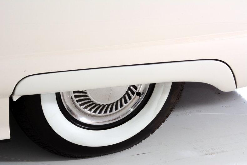 1960 Ford Thunderbird Image 31