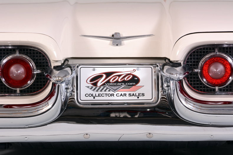 1960 Ford Thunderbird Image 36
