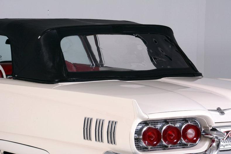 1960 Ford Thunderbird Image 51
