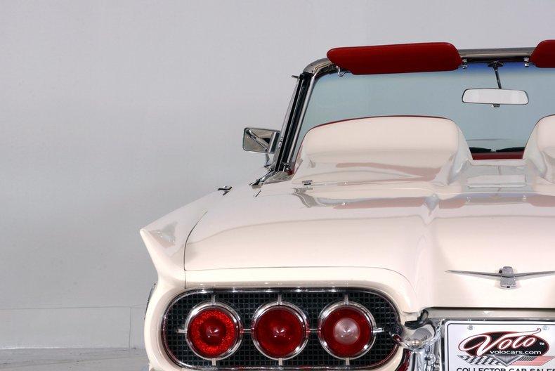 1960 Ford Thunderbird Image 55