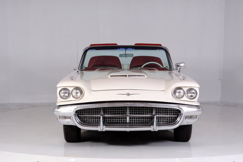 1960 Ford Thunderbird Image 59