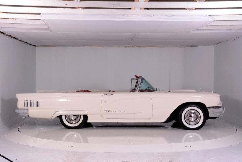 1960 Ford Thunderbird Image 65