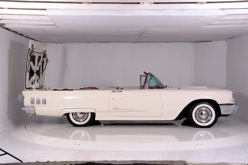 1960 Ford Thunderbird Image 67