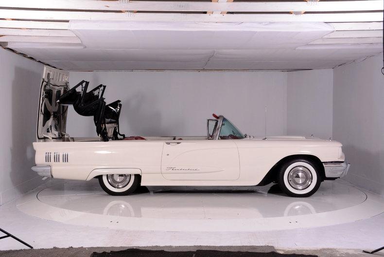 1960 Ford Thunderbird Image 68