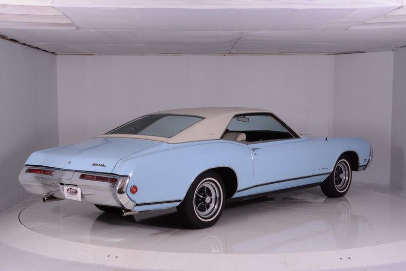 1969 Buick Riviera Image 3