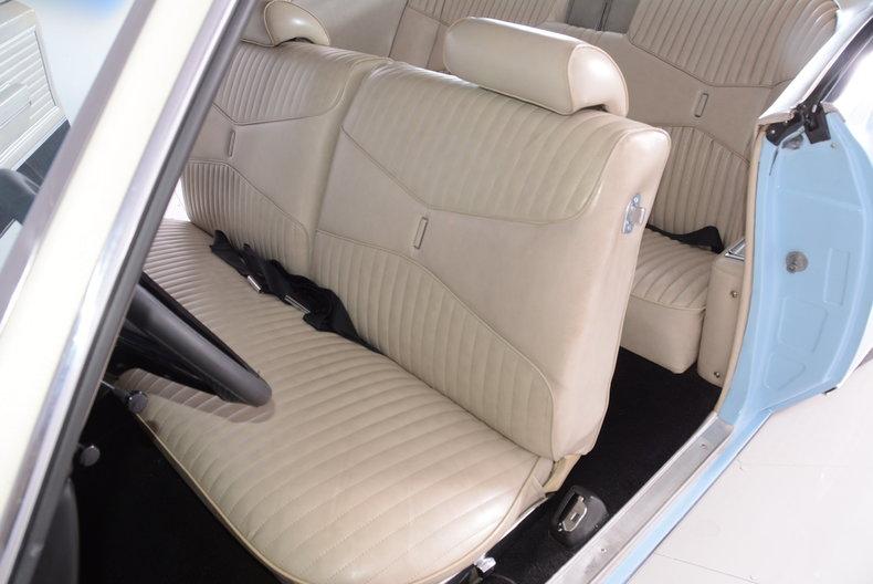 1969 Buick Riviera Image 6
