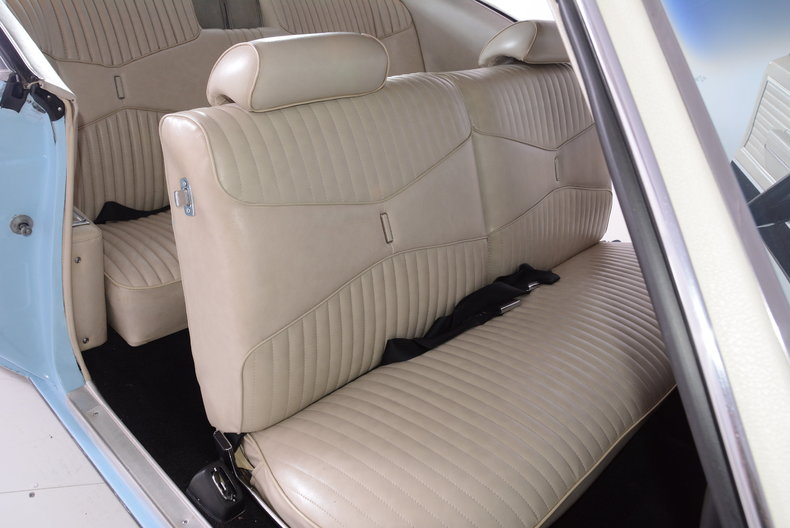 1969 Buick Riviera Image 14