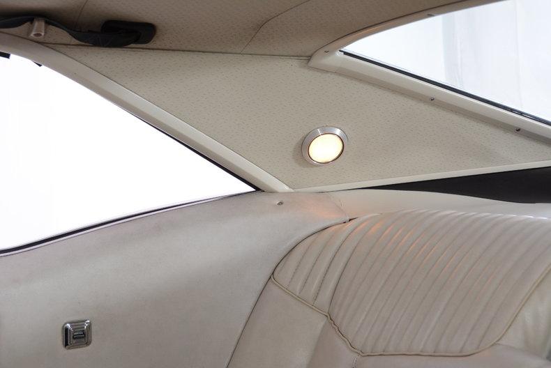 1969 Buick Riviera Image 16