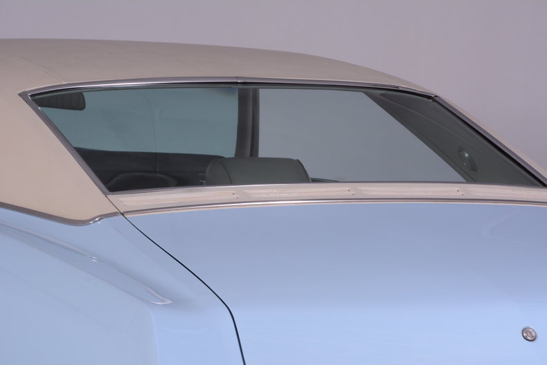 1969 Buick Riviera Image 38