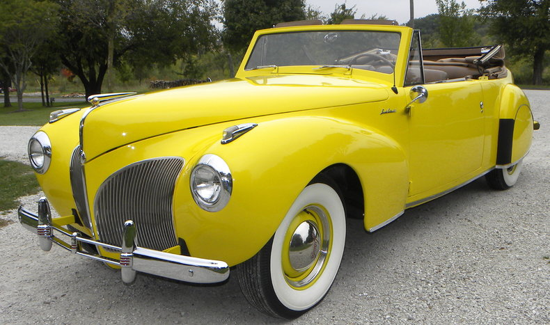 1941 Lincoln Continental Image 2