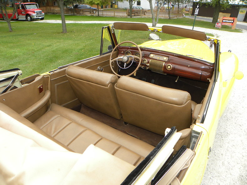 1941 Lincoln Continental Image 11