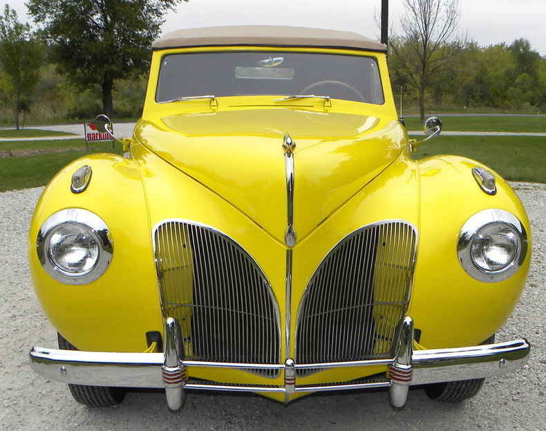 1941 Lincoln Continental Image 20