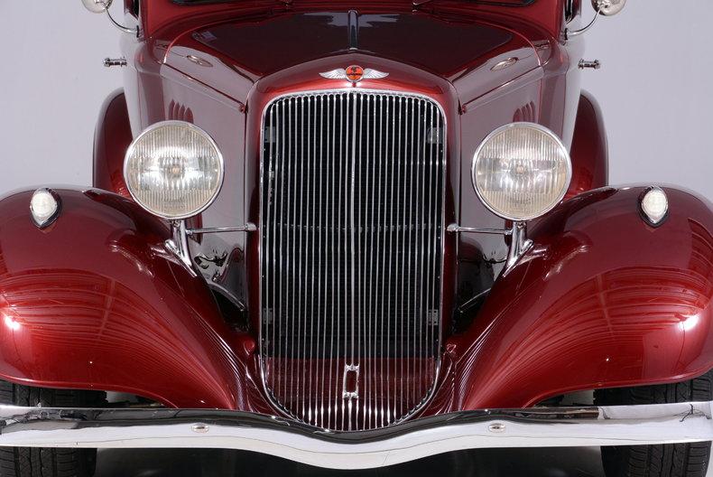 1933 Pontiac 601 Image 8