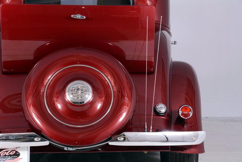 1933 Pontiac 601 Image 9