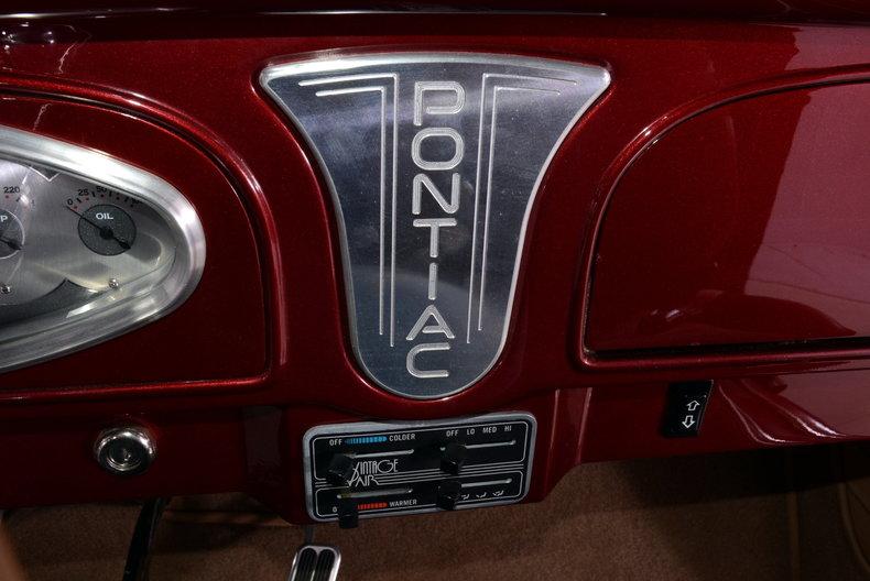 1933 Pontiac 601 Image 11