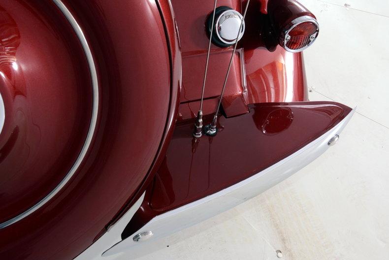 1933 Pontiac 601 Image 36