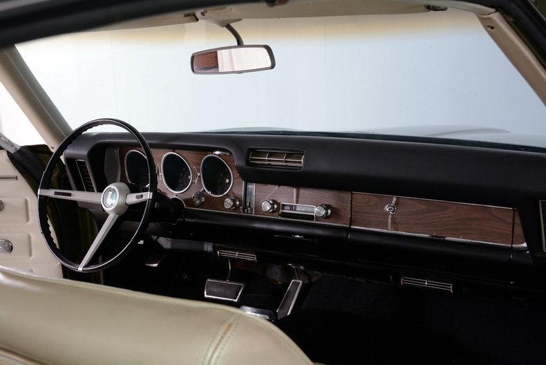 1968 Pontiac LeMans Image 12