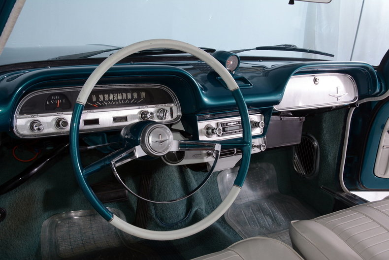 1964 Chevrolet Corvair Image 2