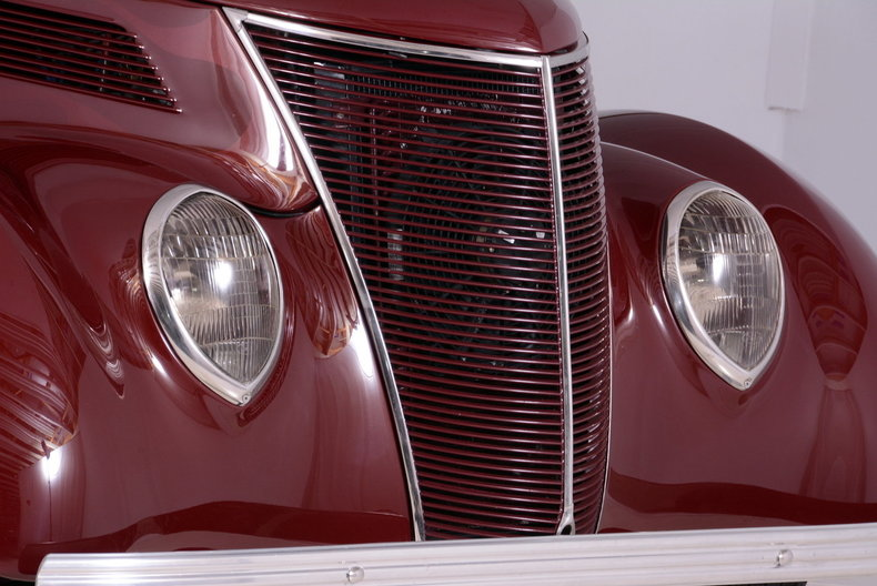 1937 Ford  Image 12