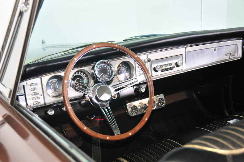 1964 Plymouth Fury Image 2