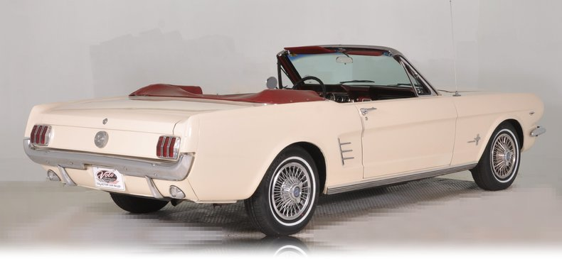 1966 Ford Mustang Image 3