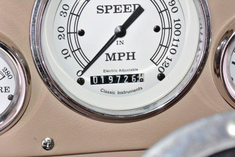 1940 Chevrolet  Image 10