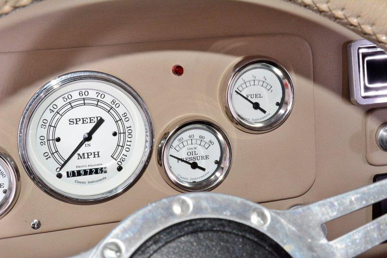 1940 Chevrolet  Image 15