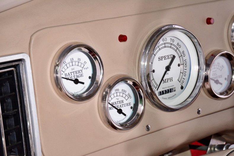 1940 Chevrolet  Image 30