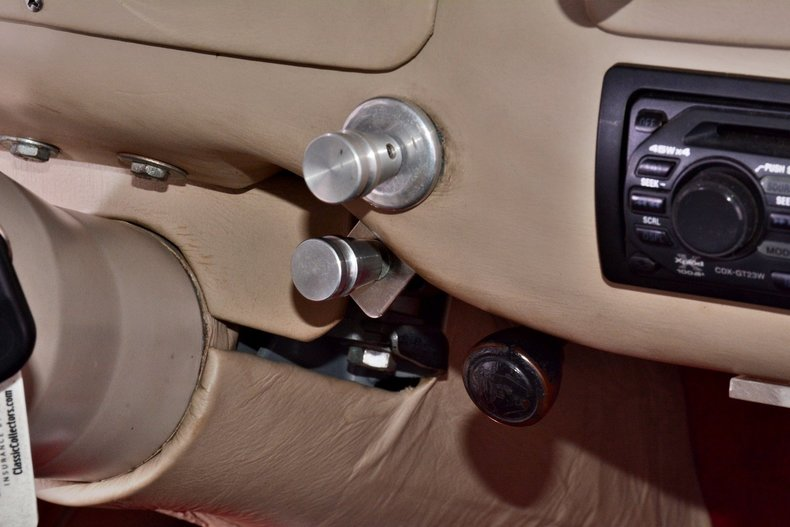 1940 Chevrolet  Image 39