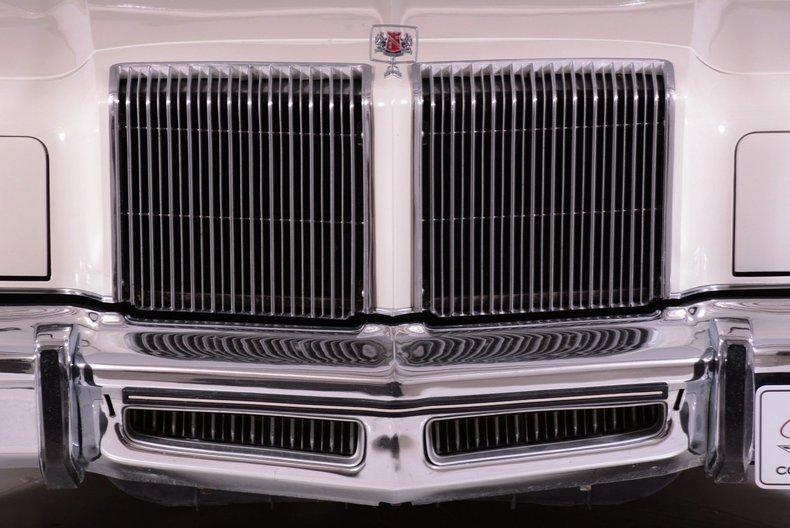1977 Chrysler New Yorker Image 6