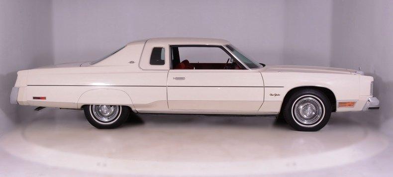 1977 Chrysler New Yorker Image 8