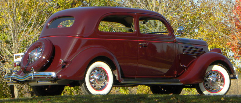 1935 Ford Deluxe Image 21