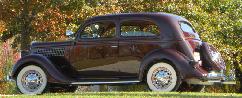 1935 Ford Deluxe Image 26