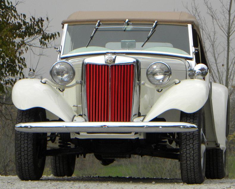 1953 MG TD Image 4