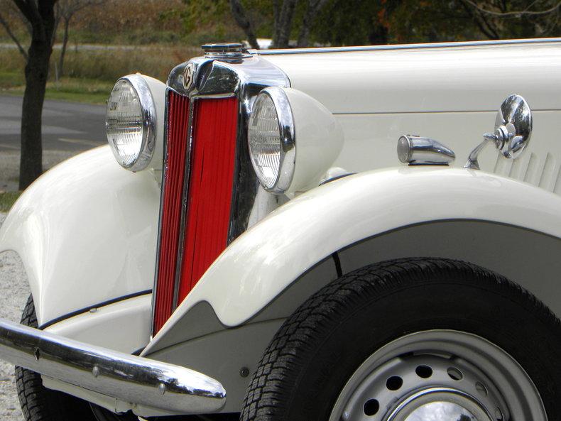 1953 MG TD Image 8
