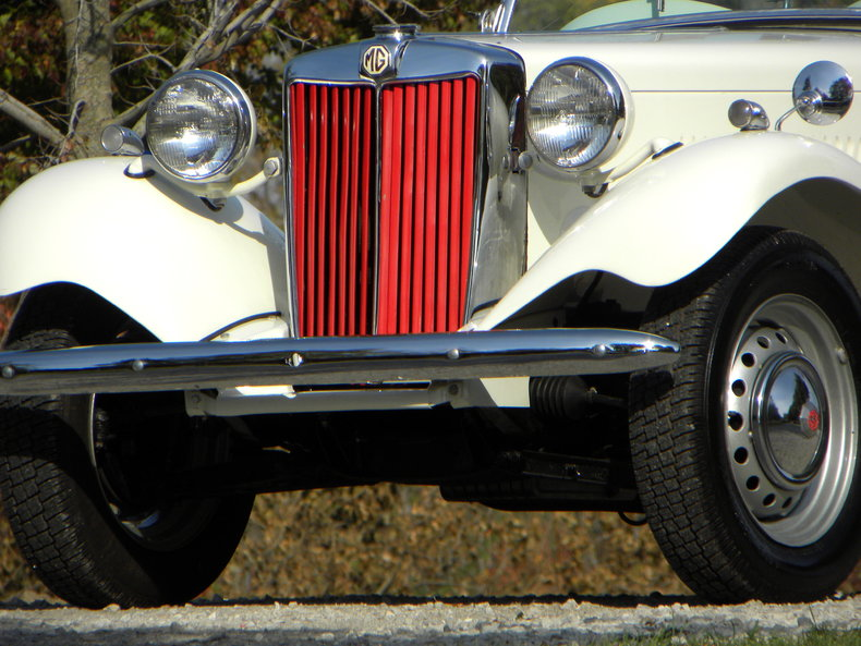 1953 MG TD Image 16