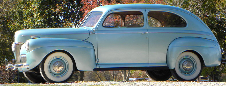 1941 Ford Deluxe Image 2