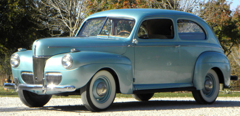 1941 Ford Deluxe Image 3