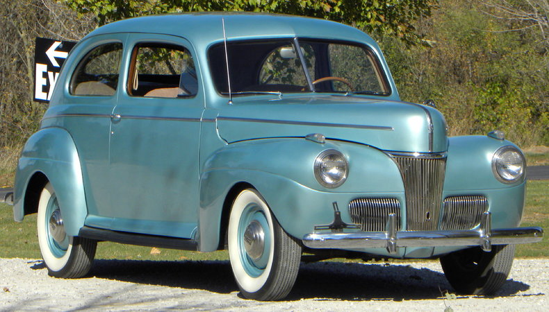 1941 Ford Deluxe Image 6