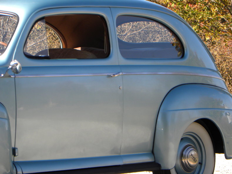 1941 Ford Deluxe Image 11