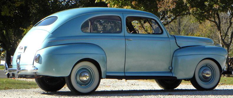 1941 Ford Deluxe Image 12