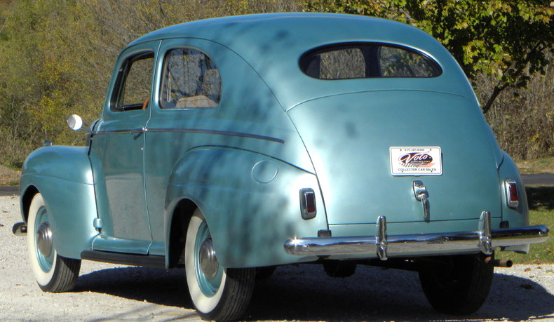 1941 Ford Deluxe Image 13