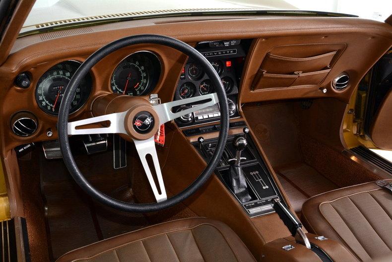 1971 Chevrolet Corvette Image 2