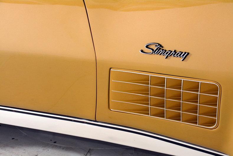 1971 Chevrolet Corvette Image 16