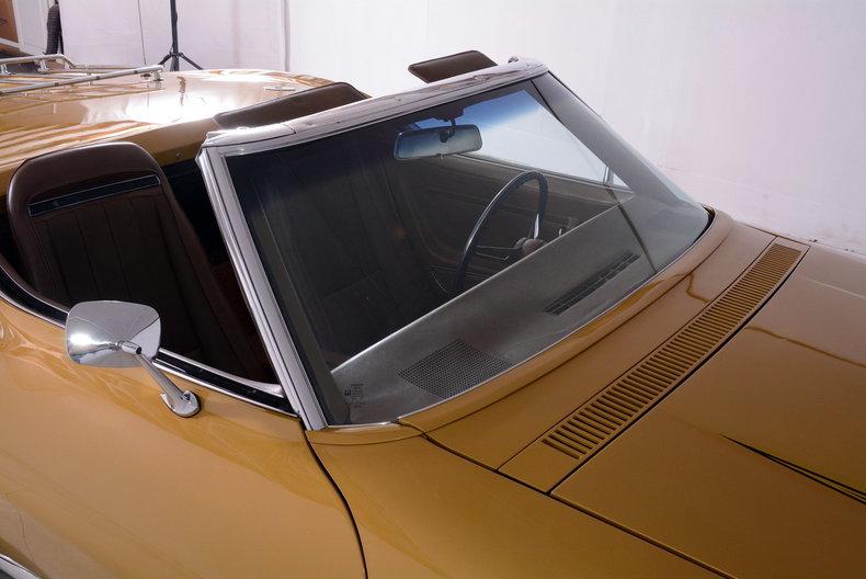 1971 Chevrolet Corvette Image 18