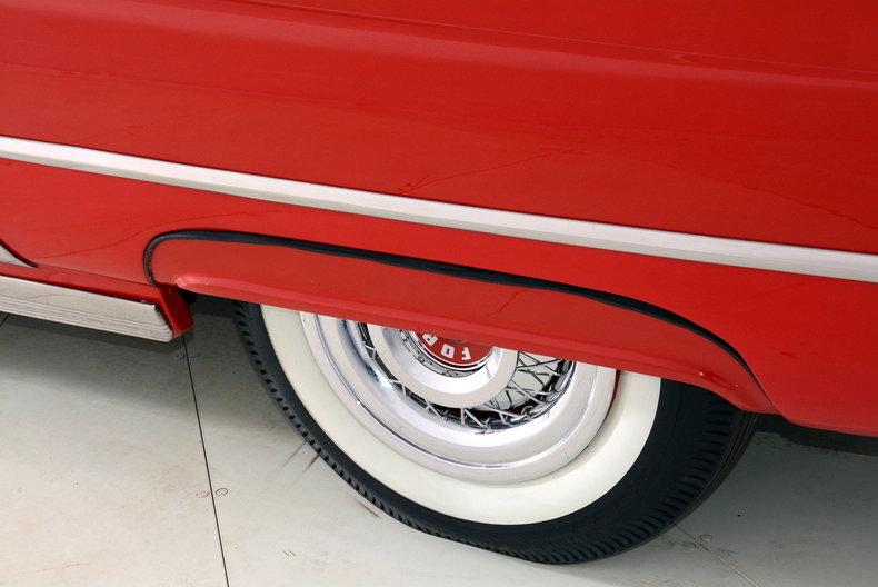 1953 Ford Crestline Image 11