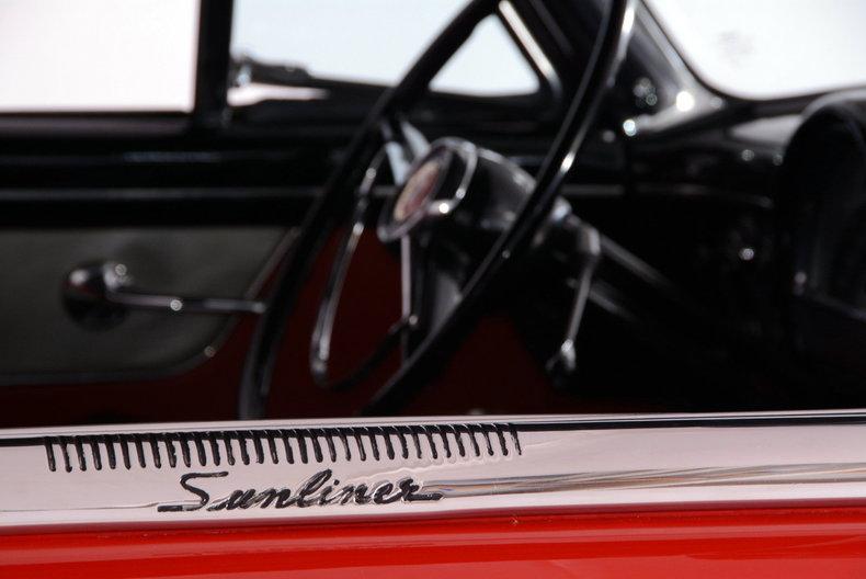 1953 Ford Crestline Image 13