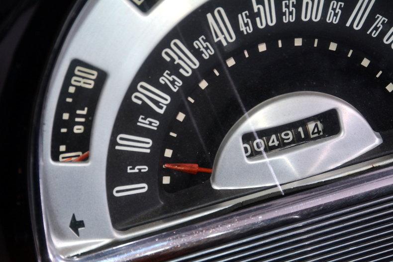 1953 Ford Crestline Image 18