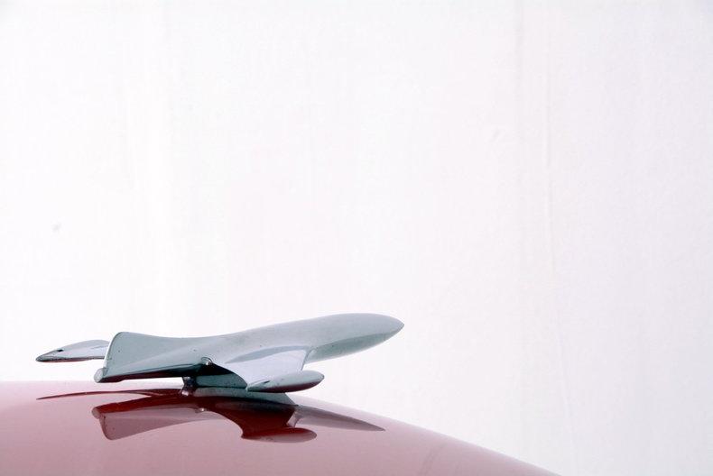 1953 Ford Crestline Image 25